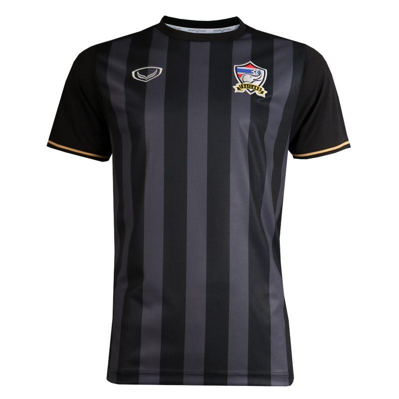 แกรนด์สปอร์ตเสื้อฟุตบอลREPLICA คอกลมทีมชาติไทย 2016  รหัสสินค้า : 038270 (สีดำ)